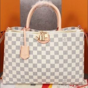 Louis Vuitton Bag. New with box.